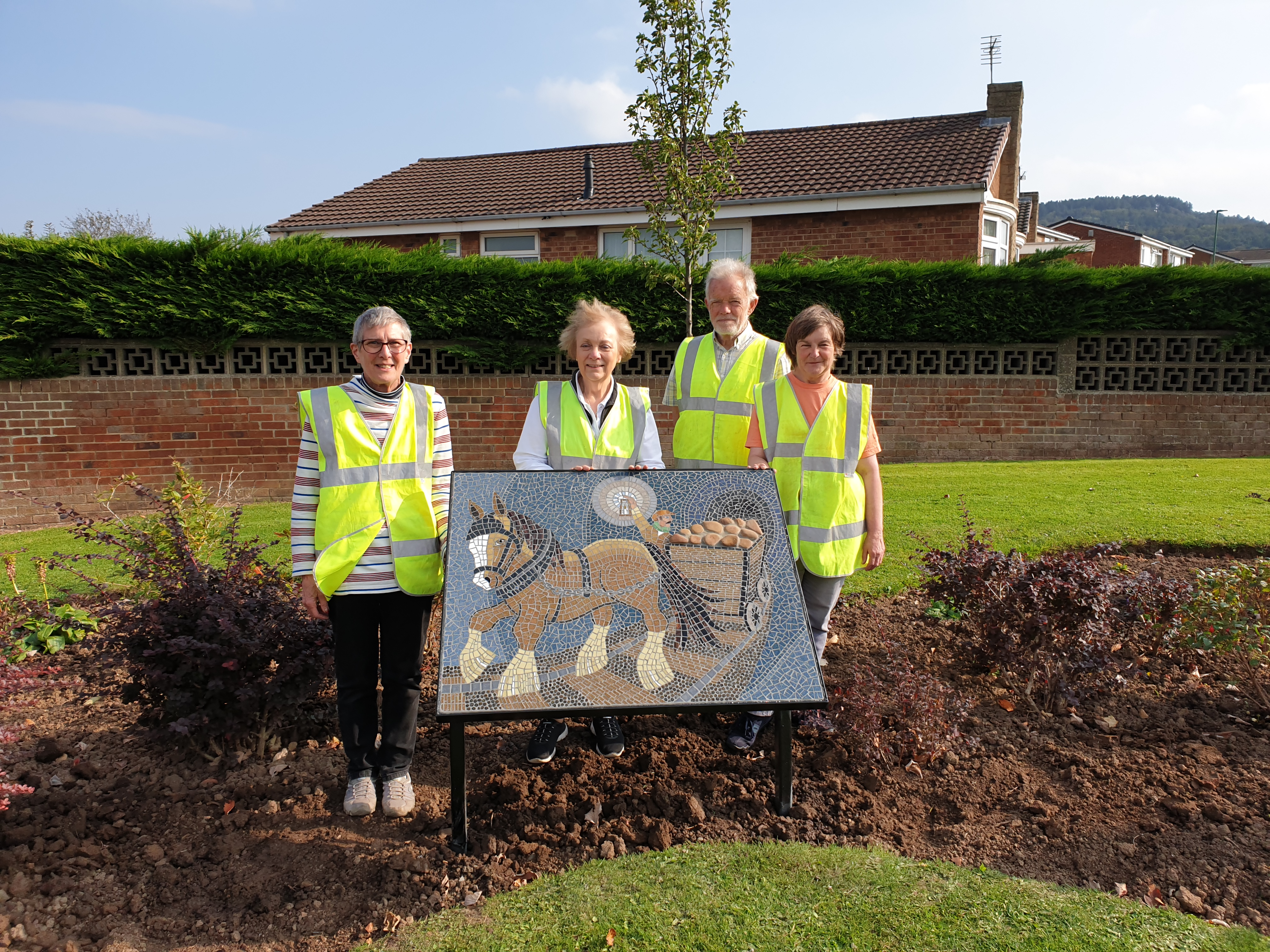 NEW MARSKE IN BLOOM MOSAIC